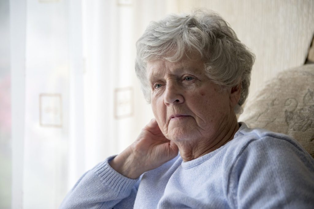 Home Health Care in Costa Mesa CA: Senior Dementia and Repetitive Questions