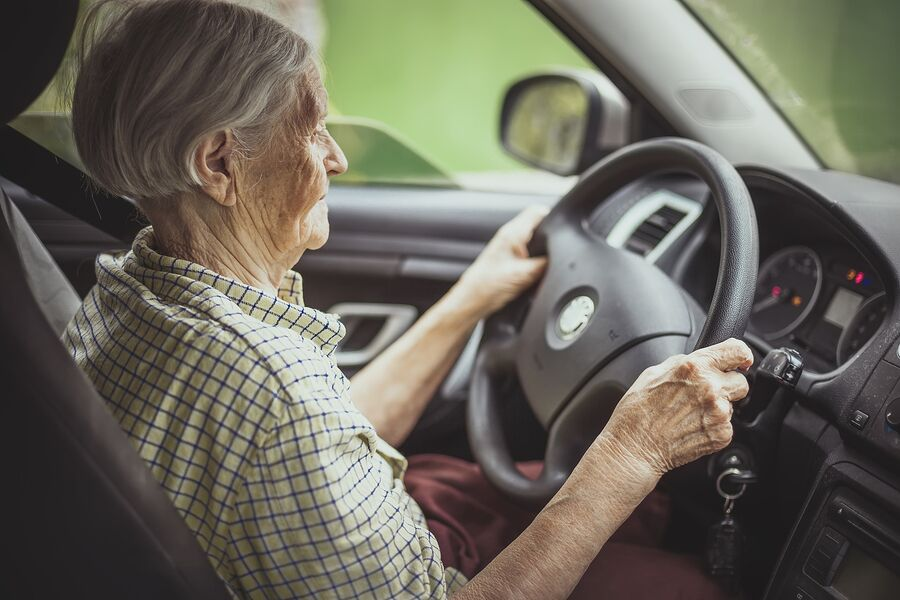 Elderly Care in Irvine CA: Senior Driving And Alzheimer's